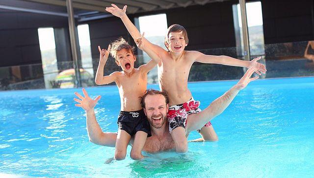 reducir el consumo de agua en la piscina