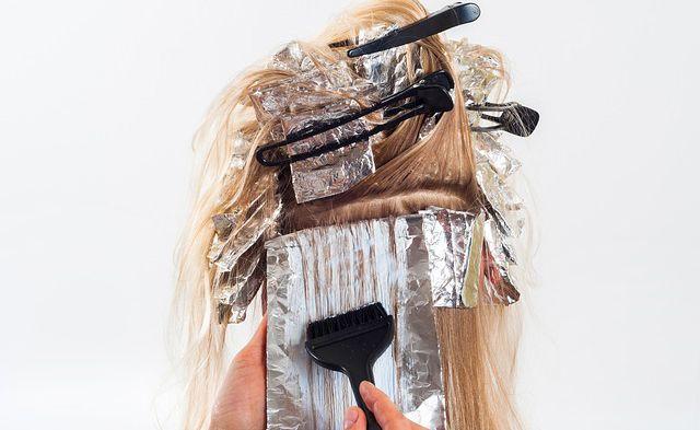 Tiñe tu cabello de forma natural