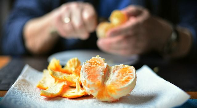 34 Usos  de la cáscara de naranja que te sorprenderán