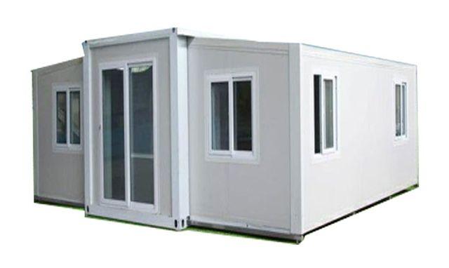Mini casa contenedor expandible con un baño
