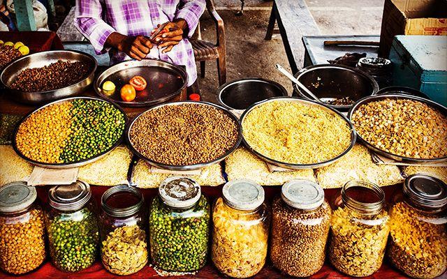 Recipiente para guardar granos, semillas y cereales