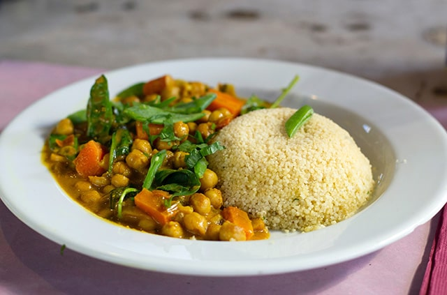 Garbanzos al curry con verduras