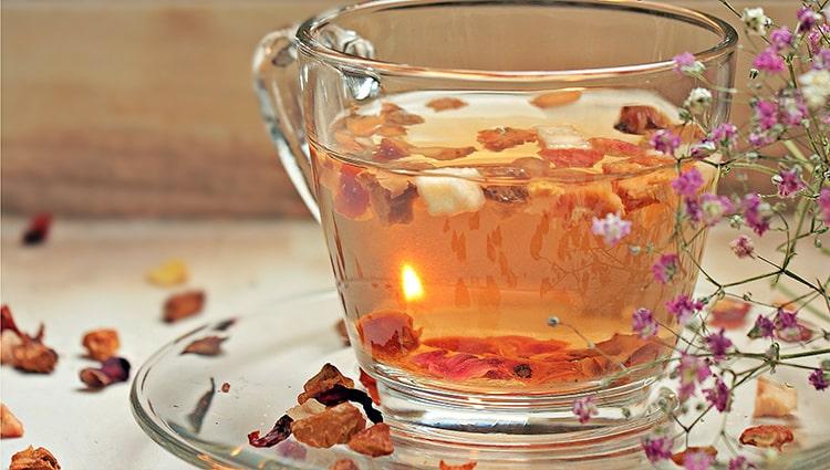té de cáscaras de manzana